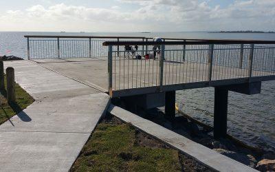 Davenport Drive Fishing Platform